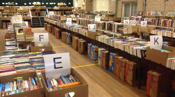 Mega boekenmarkt in Kelpen-Oler