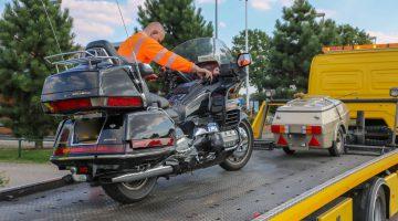 Motorrijder aangereden Randweg-West