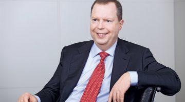 Ex-CEO Peter Terium bijt spits af in serie lezingen jubilerende Philips van Horne