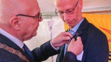 Koninklijke onderscheiding voor Thijs Loven uit Budschop