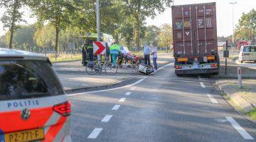 Scooterrijder gewond bij aanrijding met vrachtwagen in Meijel