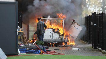 Aanhanger met testapparatuur volledig verwoest door brand