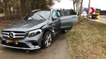 Ongeval met drie voertuigen op Maaseikerweg