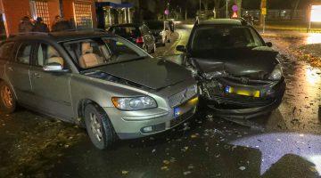 Auto's botsen op Ospelseweg Budschop