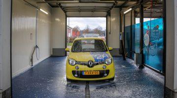 Vernieuwde wasboxen bij Bubbles Carwash in Nederweert