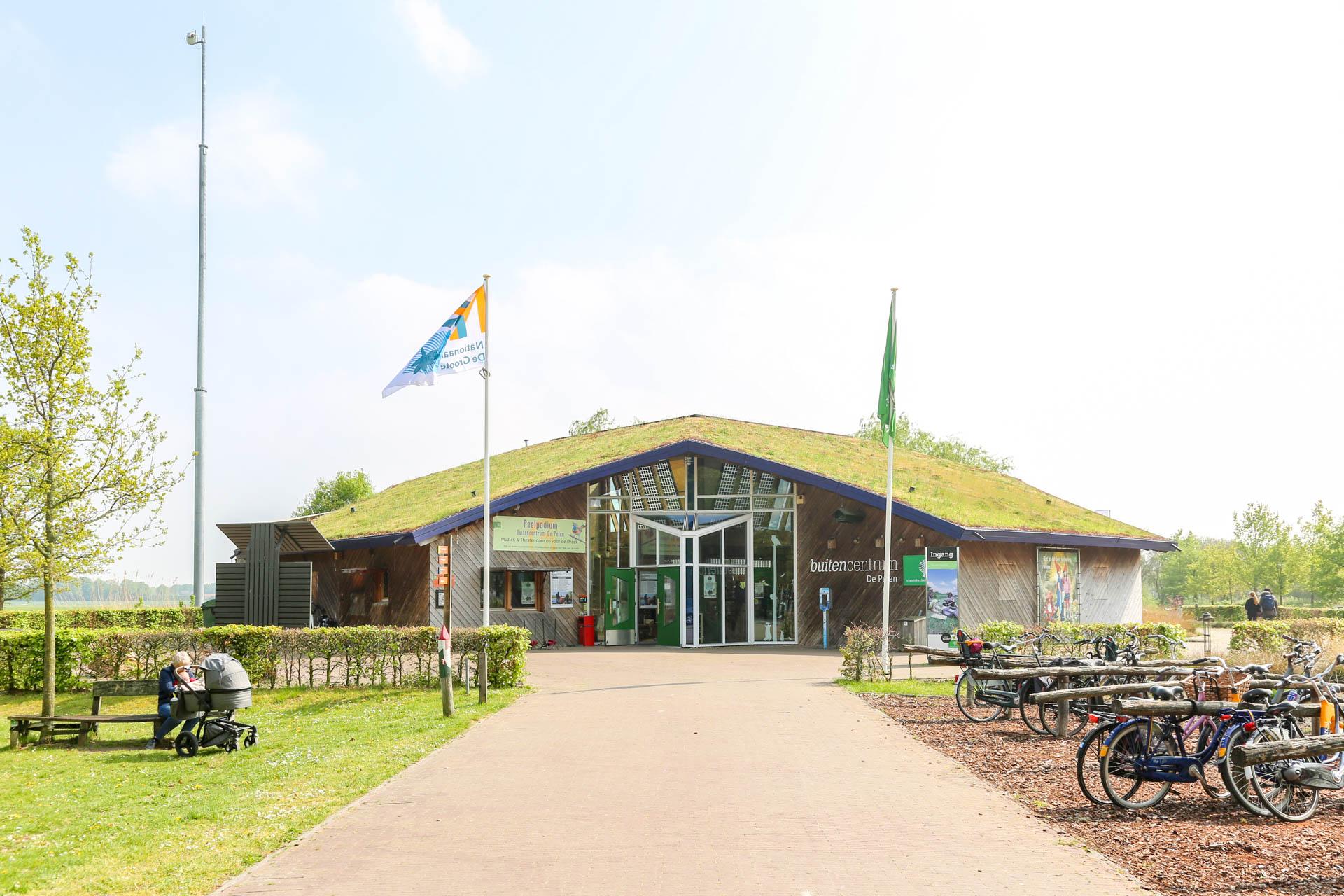 Buitencentrum-De-Pelen-1