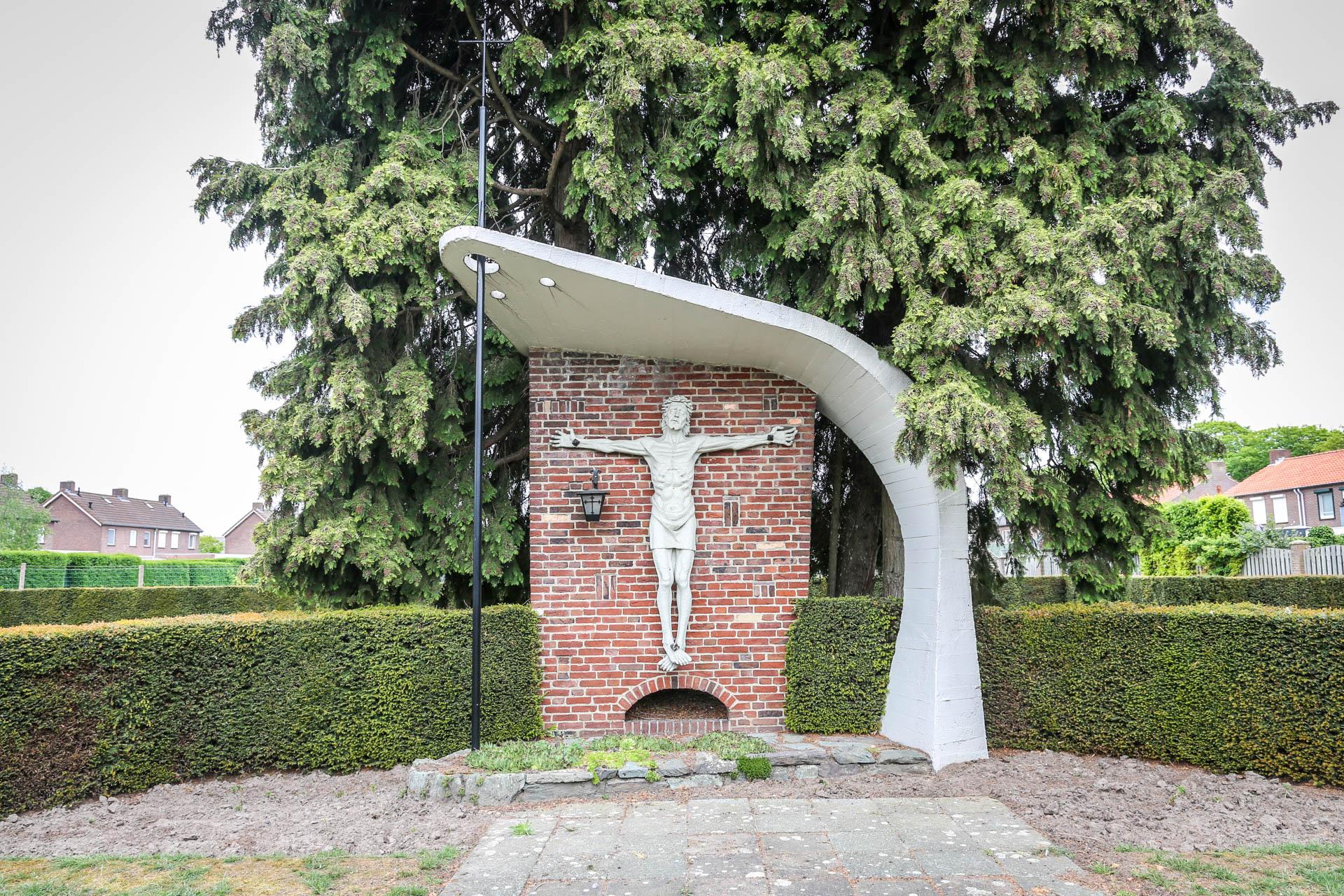 Kerkhofkapel-Nederweert-Eind-1