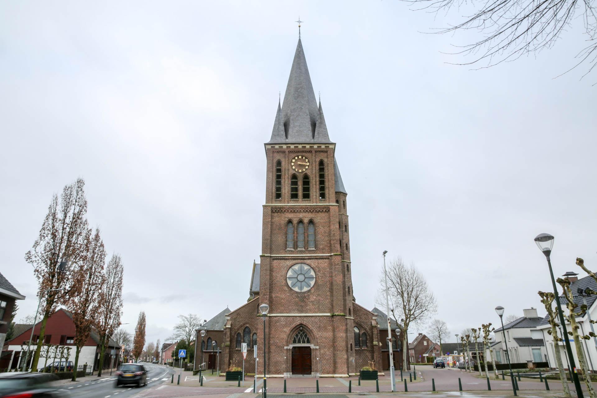 Vrouw-Onbevlekt-Ontvangen-kerk-1