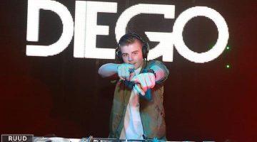 DJ Diego op Raadhuisplein voor én na de WK-finale