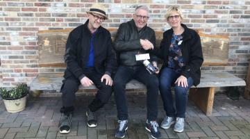 OVN | Fles wijn voor zorgboerderij Bosserhof